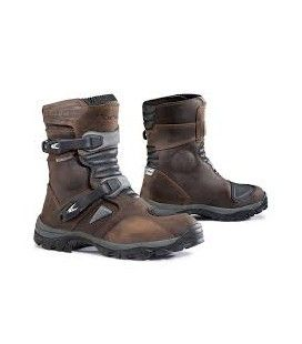 BOTA FORMA ADVENTURE LOW